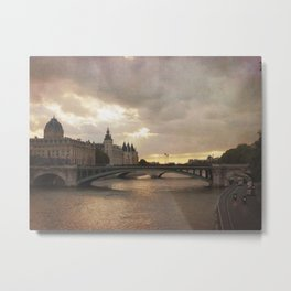The French are so Dramatic Metal Print