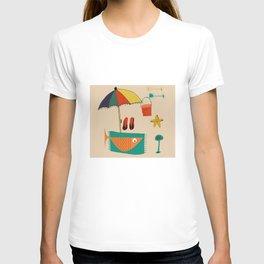 fish at the beach T-shirt