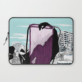 A place in the sun Laptop Sleeve