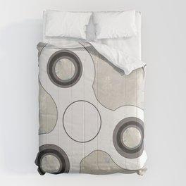 Fidget Spinner In White Comforters