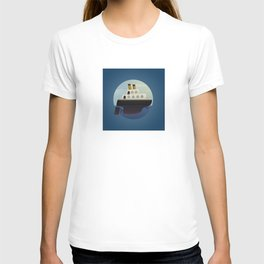 The little big boat on the sea, round blue design T-shirt