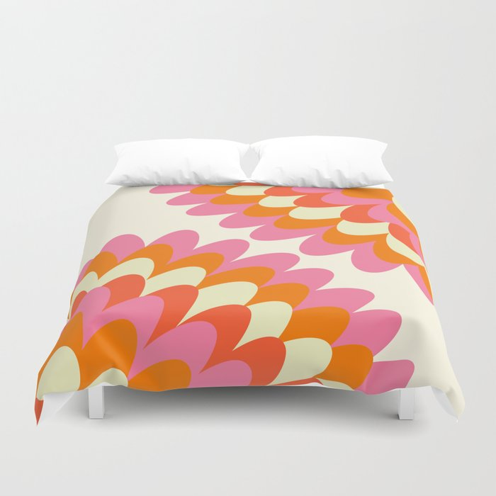 Dahlia at 60's Duvet Cover