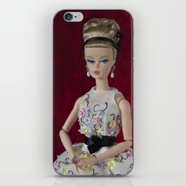 Alta sociedad iPhone Skin