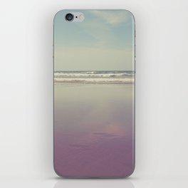 Sea waves 3 iPhone Skin