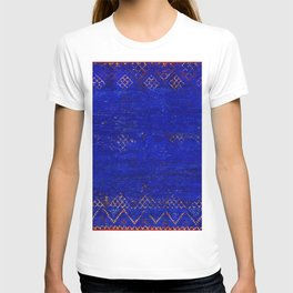 V11 Calm Blue Printed of Original Traditional Moroccan Carpet T-shirt