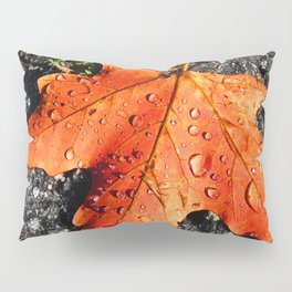 Water Drops On Red Leaf Pillow Sham