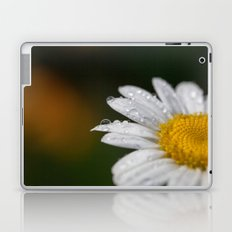 Raindrops and Daisy Laptop & iPad Skin