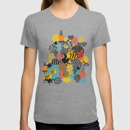 The bee. T-shirt