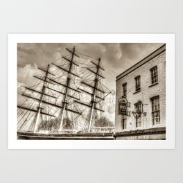 The Cutty Sark and Gypsy Moth Pub Art Print