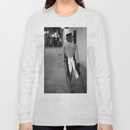 Calle de la Virgin Long Sleeve T-shirt