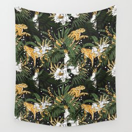 Animals in the glamorous nocturnal jungle Wall Tapestry