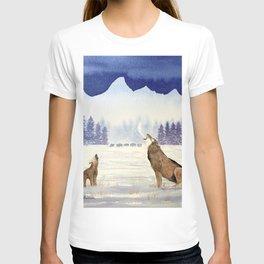 Howling Wolves At Grand Teton National Park T-shirt