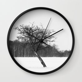 Tree in the winter (RR 273) Wall Clock