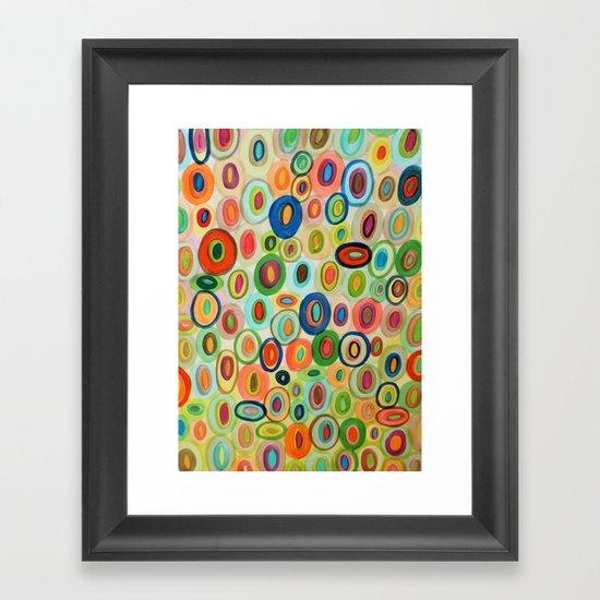 les curieux Framed Art Print