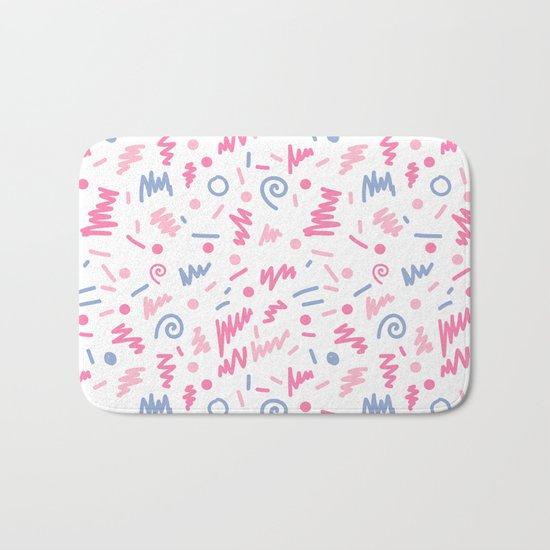Trendy minimal bright nursery pattern squiggle zig zag polka dots swirl pattern Bath Mat
