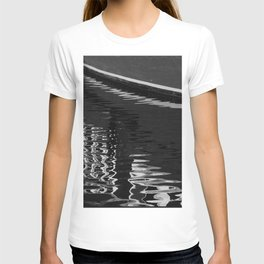 Your reality is distorted T-shirt