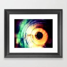 حلقه های رنگارنگ Framed Art Print