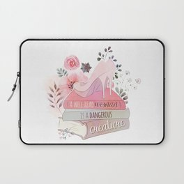 A WELL-READ WOMAN Laptop Sleeve