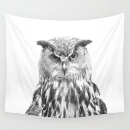 Black and white owl animal portrait Wall Tapestry
