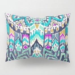 Parrot Tribe Pillow Sham