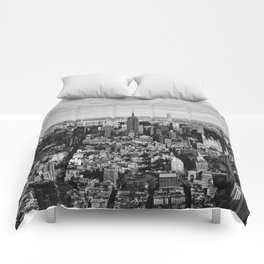 where dreams are made of (black and white) Comforters