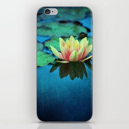 waterlily textures iPhone Skin