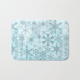 Soft blue faded snowflakes pattern Bath Mat