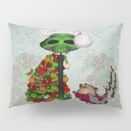 Christmas, funny mushroom with christmas hat Pillow Sham