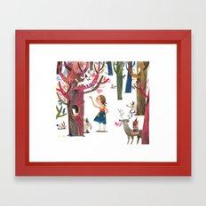 dans le bois Framed Art Print