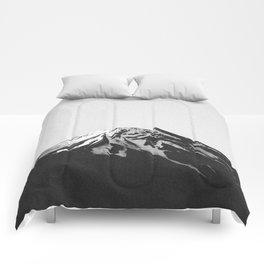 THE MOUNTAINS III Comforters