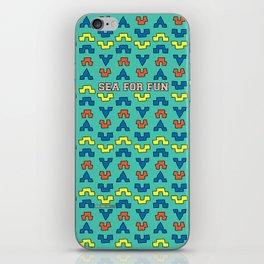 Sea for fun (green) iPhone Skin