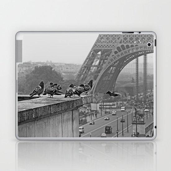 pigeons parisien Laptop & iPad Skin