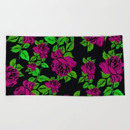 ROSES ROSES PINK AND GREEN Beach Towel