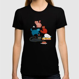 Playful Cats - illustration T-shirt