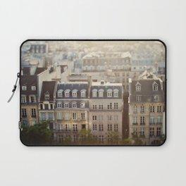 Dans Mon Reve de Paris Laptop Sleeve