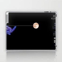 Moon Yo-yo Laptop & iPad Skin