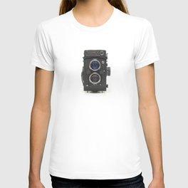 Vintage Camera (Yashica  124 G) T-shirt