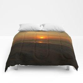Yukatan Sunset Comforters