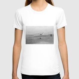 Wright Brothers First flight Kitty Hawk North Carolina December 17 1903 T-shirt