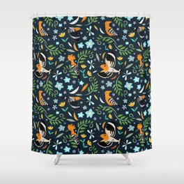 Hoopoe bird pattern Shower Curtain