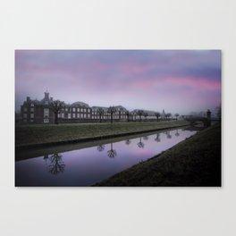Pink Sky At Schloss Nordkirchen Canvas Print