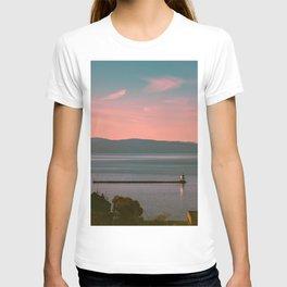 Burlington Vermont Breakwater Lighthouse View of New York State New England T-shirt