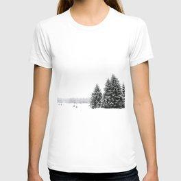 white white WINTER T-shirt