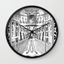 TECHOS BAJOS, POCAS PALABRAS Wall Clock