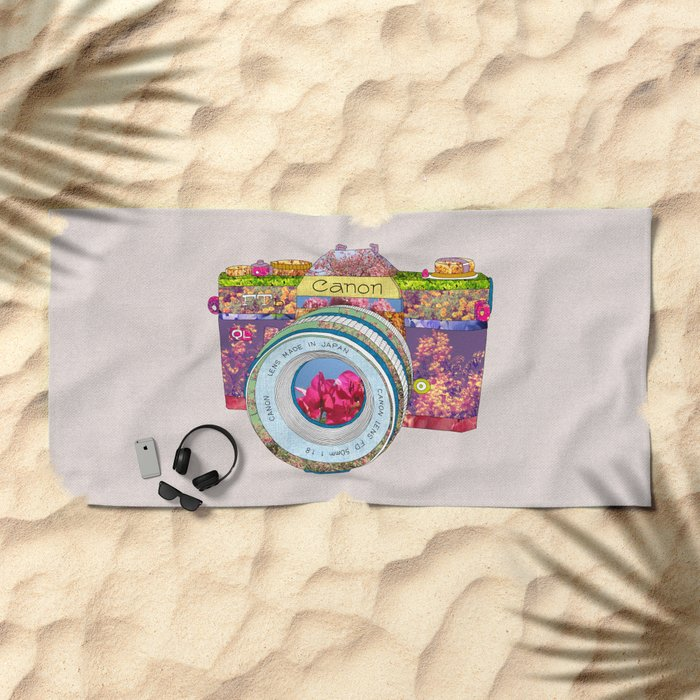 FLORAL CAN0N Beach Towel