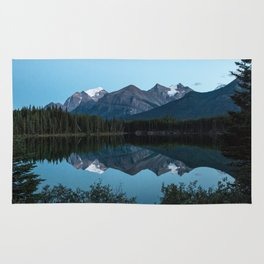 Vermillion Lakes, Banff National Park, Alberta Canada Rug
