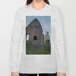 Quincy Hill Mine Shaft and Ruins Long Sleeve T-shirt