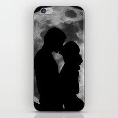 Lovers Silhouette iPhone & iPod Skin