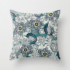 succulents blue chartreuse star Throw Pillow
