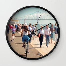 En balade Wall Clock